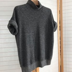 Sz S Anthropologie Weekdays grey thick cotton tee